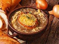 Лучена крем супа със сирене Ементал и прясно мляко